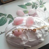 ヴィンテージ 貝殻のような White/Pinkネックレス