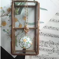 ヴィンテージ Yellow-flower/White.Green ネックレス