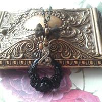 ヴィンテージ Black薔薇Wreath ロングネックレス