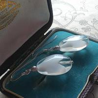 ヴィンテージ Teadrop(White/Clear)Silver925製ピアス