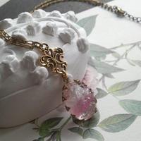 ヴィンテージ Sugar-White・PinkRoseギヴレ ネックレス