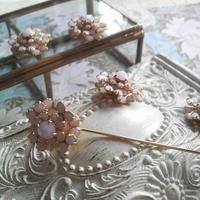 ヴィンテージ 桜のようなOpaque ピンブローチ