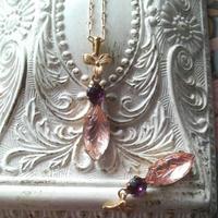 ヴィンテージ  Rosaline-Leaf/Purple/すみれ ネックレス