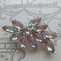 サフィレット Luxury(約53×36ミリ)Leafブローチ