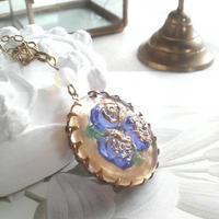 ヴィンテージ Blue-Gold薔薇/White-Opal ロングネックレス