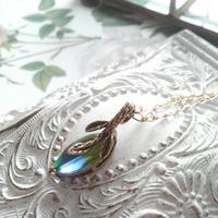 ヴィンテージ Leaf(ペリドット/サファイア)ネックレス