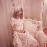 Michelle - Lace pleated dress