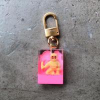 magma - Keyring 'SPY' / Yellow × Neon Pink