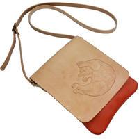 牛革ミニショルダー 子猫のカービング ポシェット 赤色 かわいい仔猫 18071402