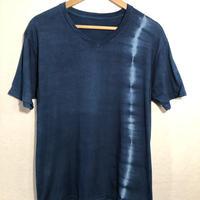 日頃の感謝を込めて大特価!!『一点物』&コロナに負けるな!!藍染めVネックTシャツ XLサイズ せせらぎ絞り 男女兼用『一点物』