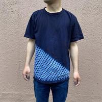 日頃の感謝を込めて大特価!!『一点物』藍染め胴斜め杢目絞りTシャツ Mサイズ  男女兼用『一点物』