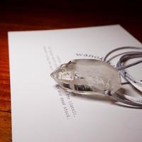 ガネーシュヒマール産ヒマラヤ水晶(クリア、光沢)サテンコードネックレス