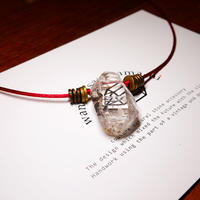 ガネーシュヒマール産ヒマラヤ水晶 真鍮パーツネックレス SRG