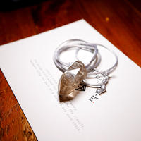 ガウリシャンカール産ヒマラヤ水晶(ライトスモーキー・光沢・レインボー)サテンコードネックレス F