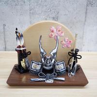 貫前鍬形兜・彫金ブロンズシルバー【桜押絵飾り】