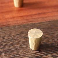 鎚目模様の真鍮ツマミ 2