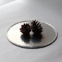 槌目模様のアルミ盆 [ 海月盆 ] 八寸
