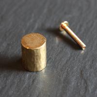 鎚目模様の真鍮つまみ