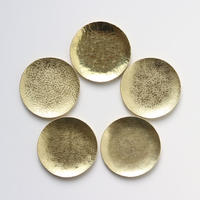 鎚目模様の真鍮豆皿