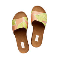 HEARTY<3 LEATHER SLIDES