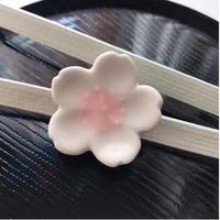 桜の帯留(陶器)
