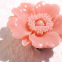 お花の帯留(コーラル)