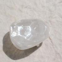 氷石の帯留(白)
