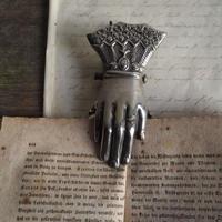 hand clip A