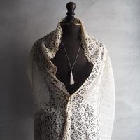 antique lace  pour robe