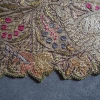 la soie  brodée  magnifiquee