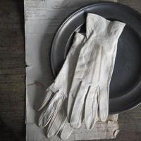 une paire de gants