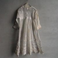 une robe pour bébé