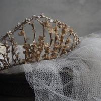 ワックスフラワーの花冠a    couronne