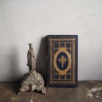 十字架のエンボス古書