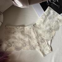 white shorts  【 C-0045 】