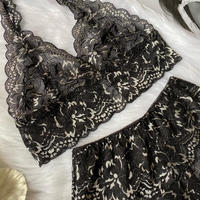 Halter neck black×white lace set  up