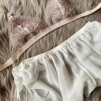 pink × white set