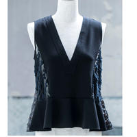 v-neck peplum blouse(black×black)