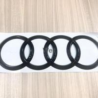 Audi 純正品 RSQ3 F3 グロスブラック リア 4リングス エンブレム / Q3  A1 8X