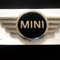 BMW MINI 純正 F60 ミニ クロスオーバー New ボンネットエンブレム