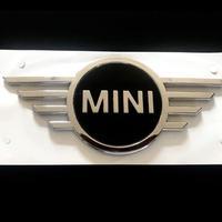 BMW MINI 純正 F60 ミニ クロスオーバー New リア エンブレム