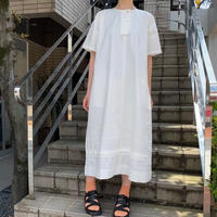 malle    コットン/リネン 刺繍スモックドレス