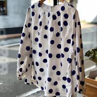 natural laundry   ハンドドットプリントタックプルオーバーシャツ