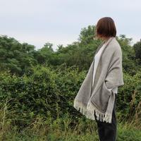LAPUAN KANKURIT ポケットショール MARIA グレー/ホワイト