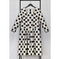 フラワー立体刺繍スカラップドレス