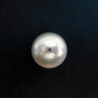 パールビーズ12mm《ホワイト》
