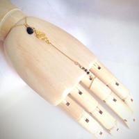 黒スピネルしずく ハンドチェーン Hand Chain black drop spinel HC-0005
