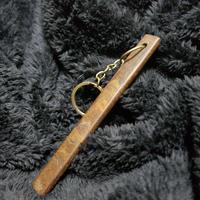 神代ケヤキ(杢)のホテルキー風キーホルダー