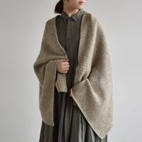 evam eva / lambs wool basket stole E193G076