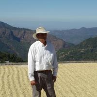 ラ・ロスマ農園豆1kg ライトロースト